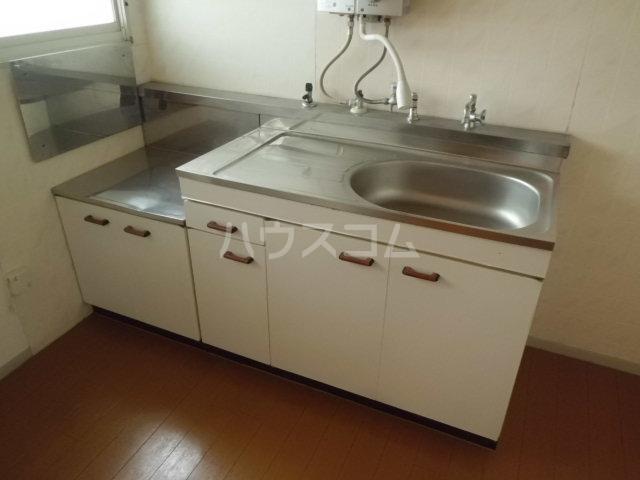 パヴィヨン1 103号室のキッチン