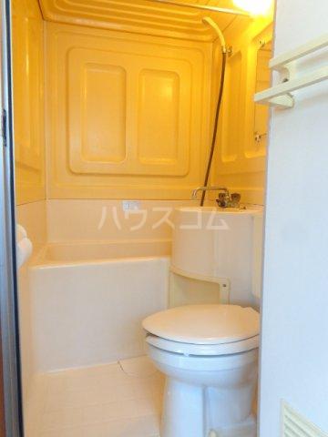 島崎マンション 201号室の風呂