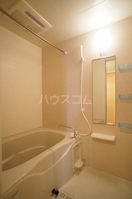クラールA 01020号室の風呂