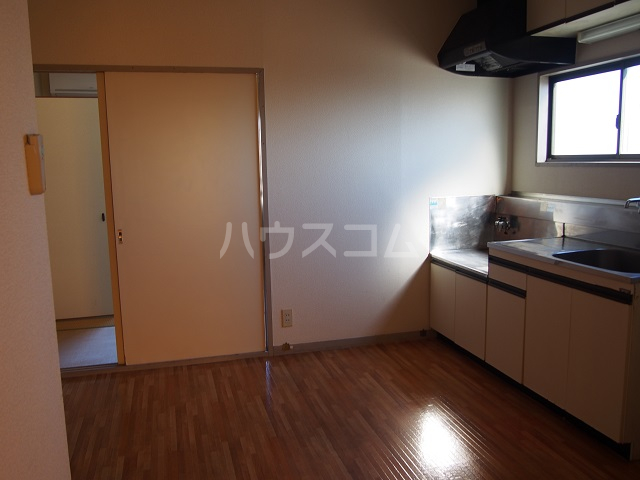 大塚ハイツC 201号室のリビング