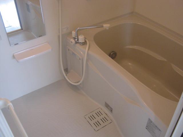 ヴィラファイン 101号室の風呂