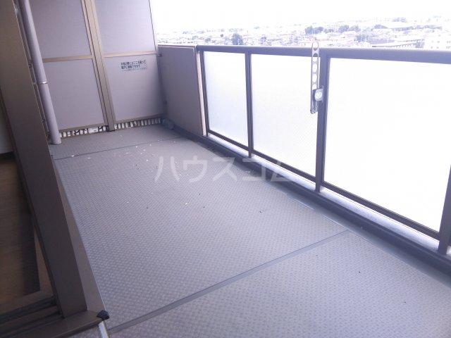 ハミーユ籠原南口 902号室のバルコニー