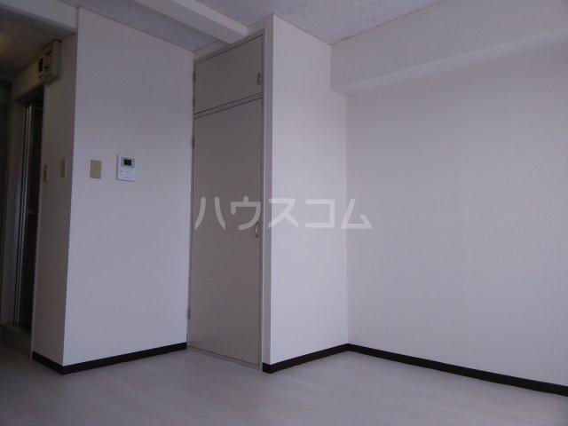 宮前ビル 803号室の居室