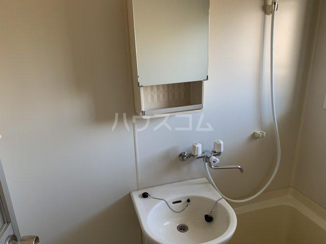 チェリーハイムA 108号室の洗面所