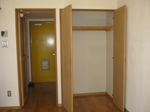 ALM HAUS 301号室の収納