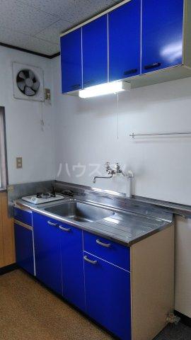 浅見ハイツ 105号室のキッチン