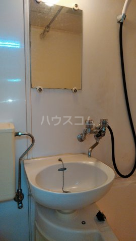 浅見ハイツ 105号室の洗面所
