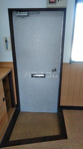 浅見ハイツ 105号室の玄関