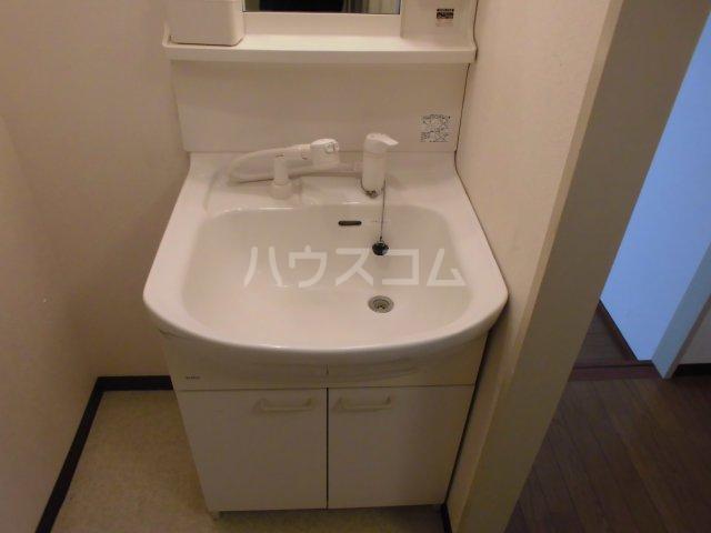 メゾン静二号棟B 206号室の洗面所