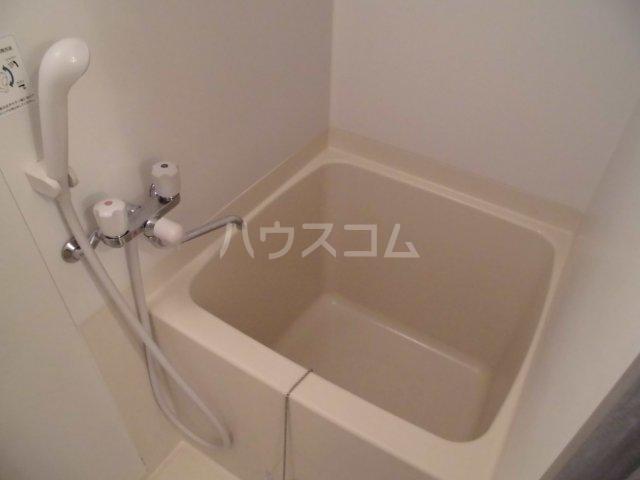 メゾン静二号棟B 206号室の風呂