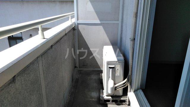 ビレッジKR-5 306号室のバルコニー