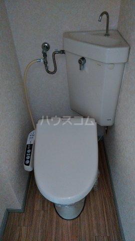 ビレッジKR-5 306号室のトイレ