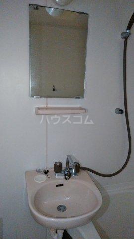 ビレッジKR-5 306号室の洗面所