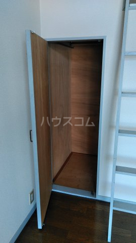 ビレッジKR-5 306号室の収納