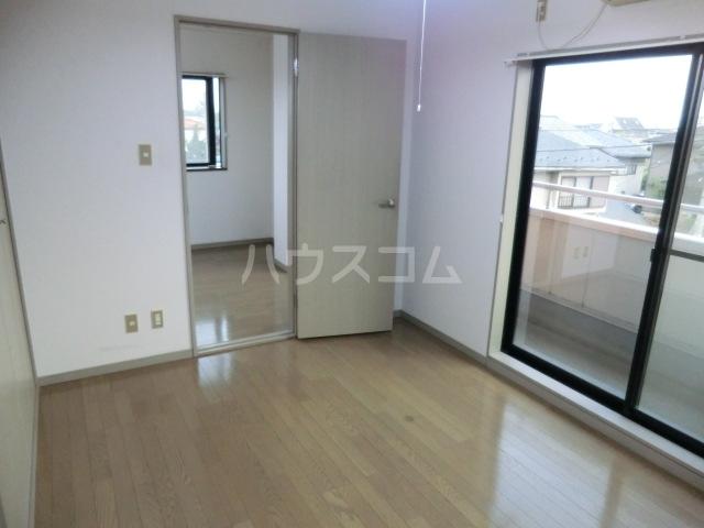 レジデンス三沢Ⅱ 301号室の設備