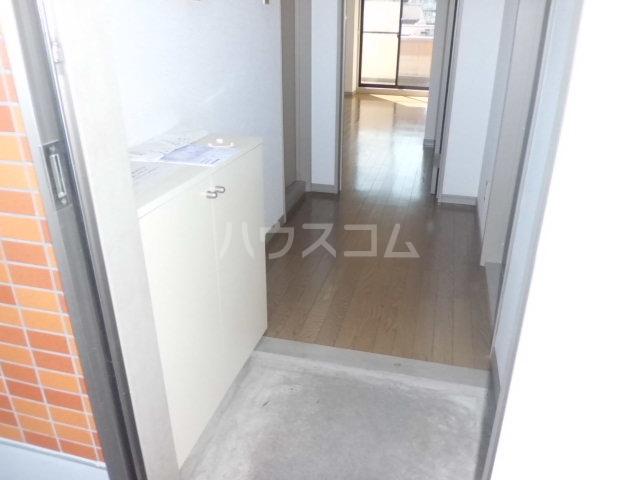 レジデンス三沢Ⅱ 301号室の収納