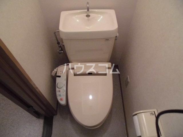 ハートフルライフIWASA2 403号室のトイレ