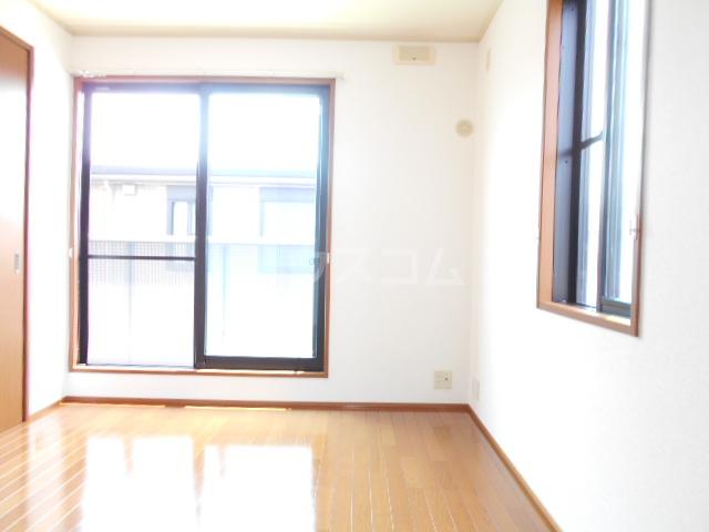 ヴィラ相生B 201号室の居室
