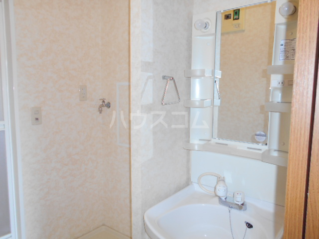 ヴィラ相生B 201号室の洗面所