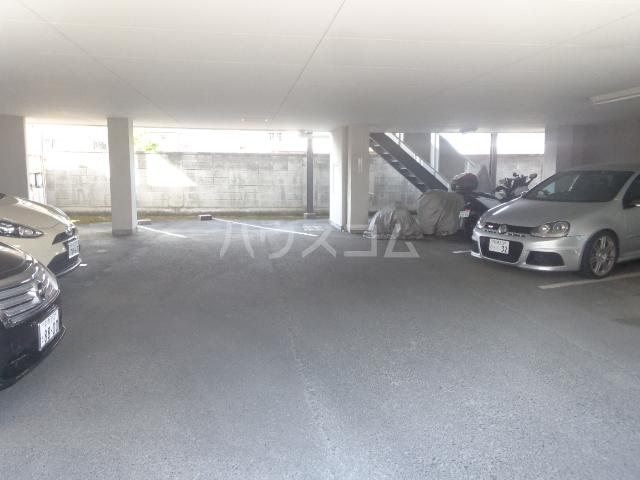 林ハイツⅡ 303号室の駐車場