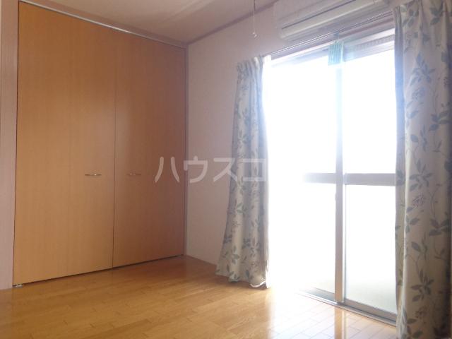 林ハイツⅡ 303号室の居室