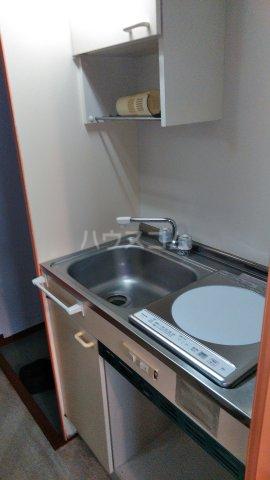 THドームB 102号室のキッチン