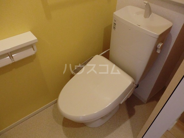 アリエッタ Ⅳ 02030号室のトイレ