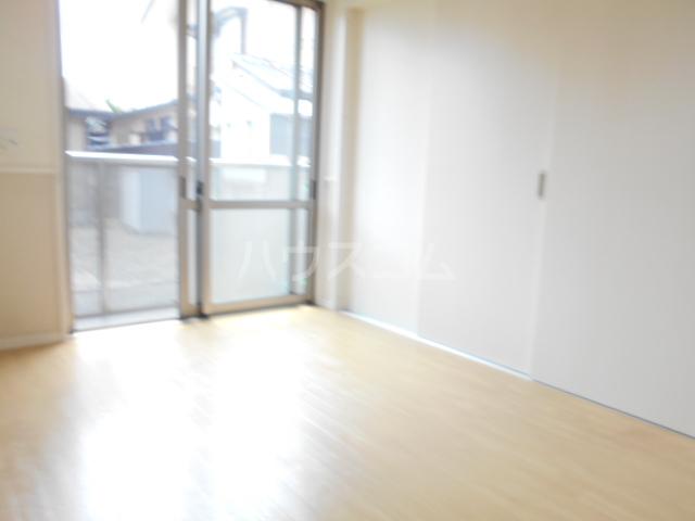エルメゾンKOTOBUKI B 101号室の居室