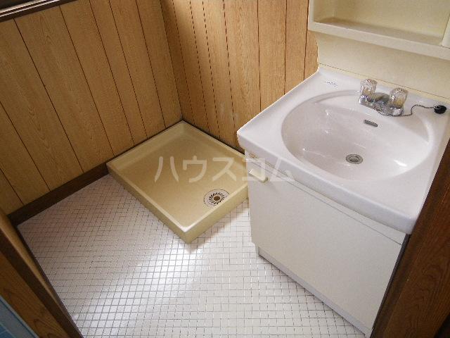 オリエンタルコーポ小林 201号室の洗面所
