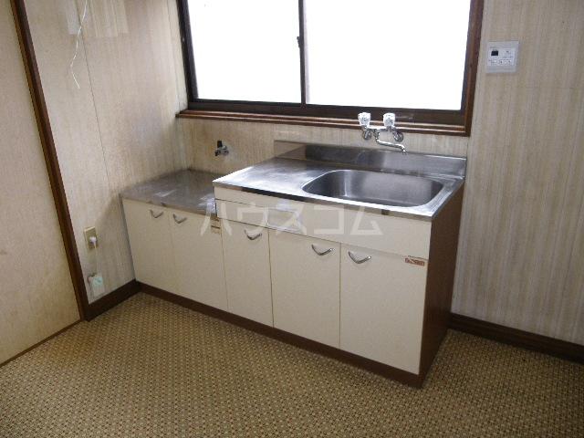 オリエンタルコーポ小林 201号室のキッチン