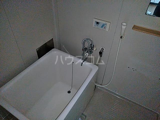 吉岡ハイツ 102号室の風呂