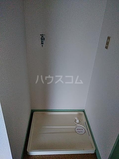吉岡ハイツ 102号室の洗面所