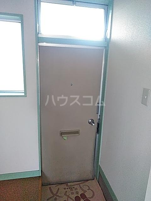 吉岡ハイツ 102号室の収納