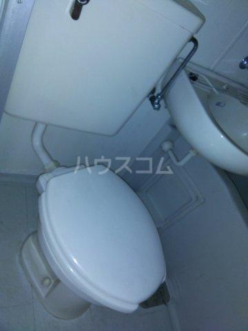 ベルトピアクマガヤ6 204号室のトイレ