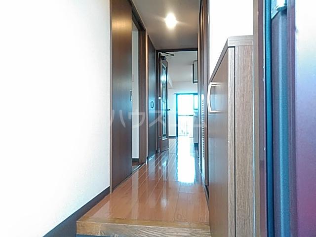 エスポワール 102号室の居室