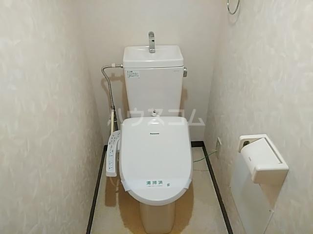 エスポワール 102号室のトイレ