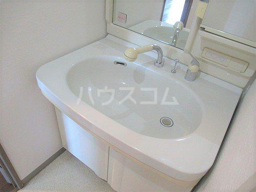 ライオンズマンション高崎 502号室の洗面所