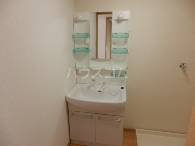 平山マンション 202号室の洗面所