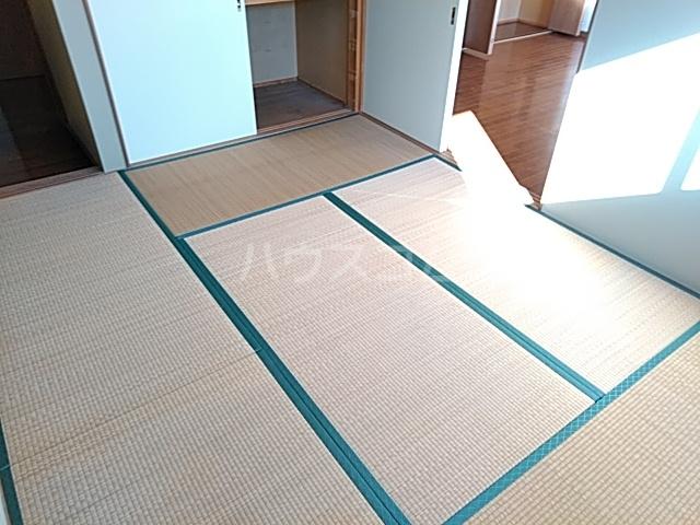 セゾンマツシマⅡ 202号室のベッドルーム