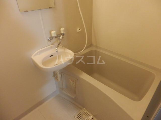 セイラBOX上並榎D 201号室の風呂