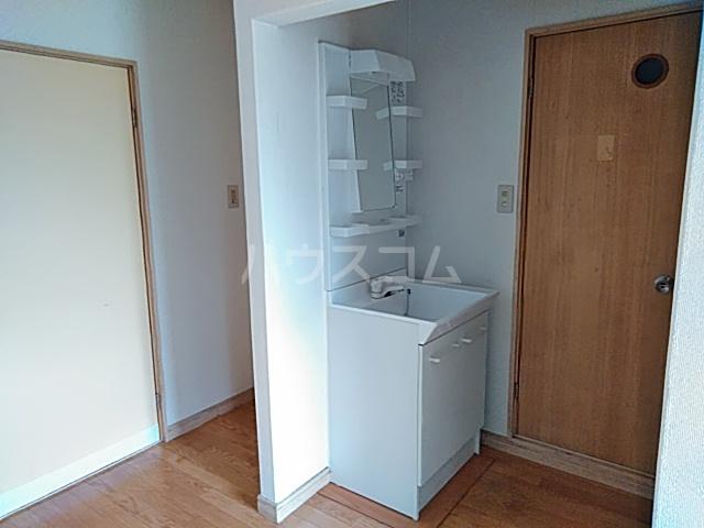 アロマ相生 102号室の洗面所