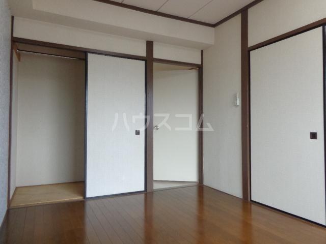第一サンライフ大嶋 303号室の居室