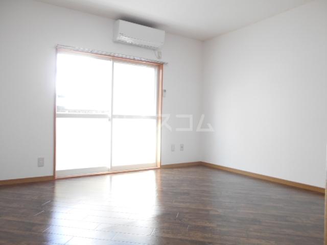 サンパレス渡良瀬A 103号室の