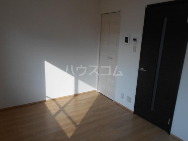 Mandarino Pesca 101号室の居室