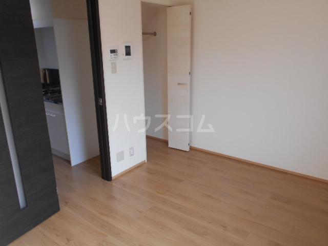 Mandarino Pesca 102号室の居室