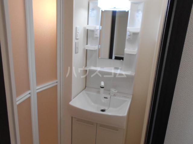 Mandarino Pesca 105号室の洗面所