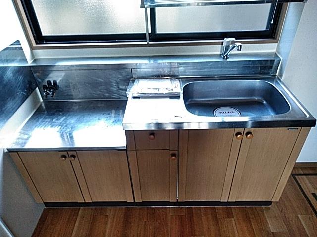 メゾンボヌールB 102号室のキッチン