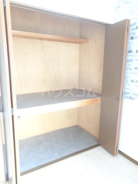 おざわハイツ 203号室の収納