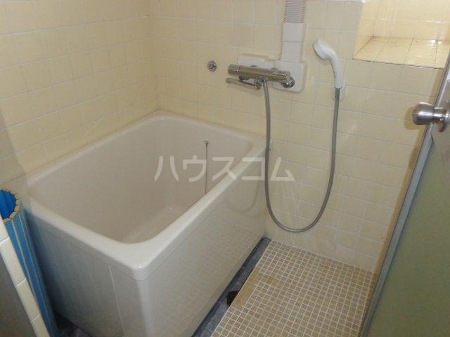 五十嵐ビル 307号室の風呂