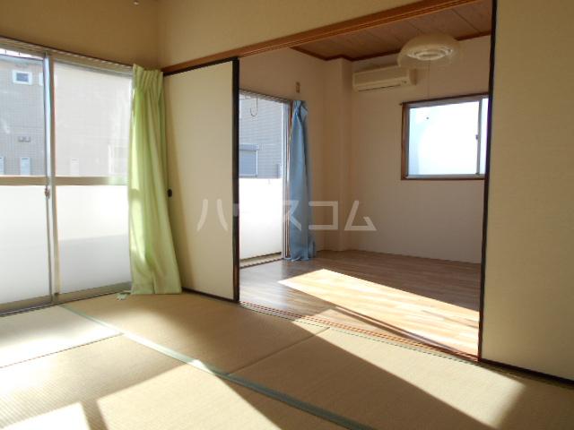 櫻井ハイツ 203号室の居室